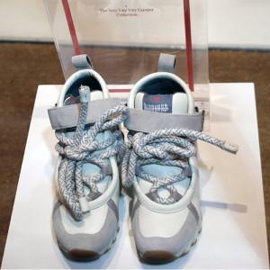 Schuhe in einer Mailänder Designer-Boutique