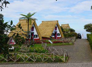 Typische Häuser in Santana, Madeira, Portugall