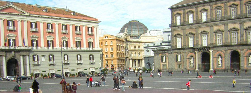Italienische piazza