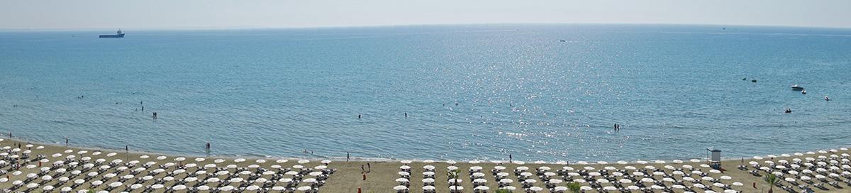 Strand von Larnaca